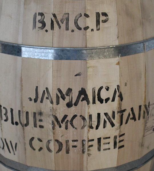 Holzfass aus Jamaica
